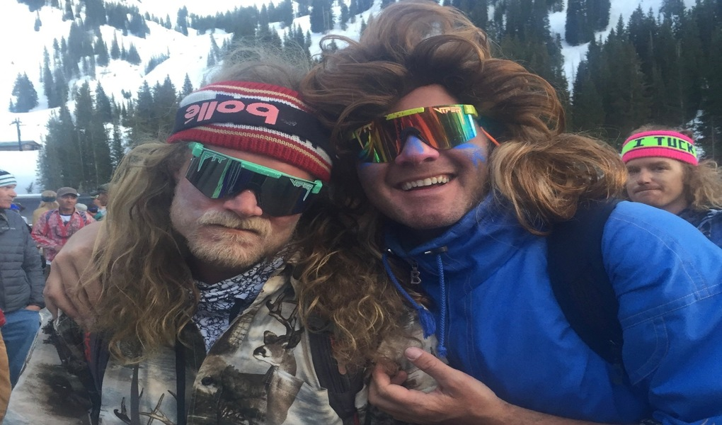 Willie Nelson: Pro Skier and John Denver Impersonator