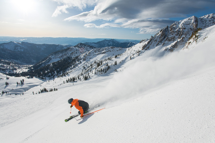 40+ Ways to Save on Your Utah Ski Vacation