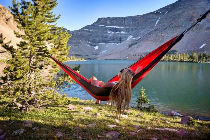 Family Camping in Utah: How to Comfortably Sleep Under the Stars thumbnail