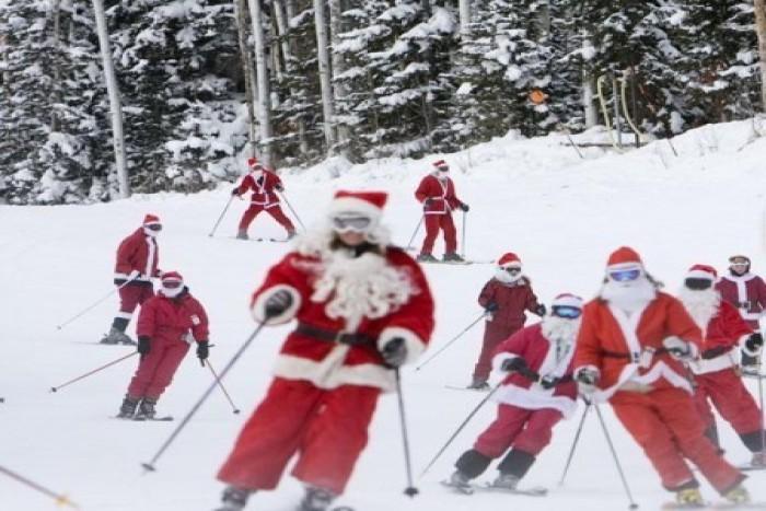 santa-skis-free-450x380 (santa-skis-free-450x380)