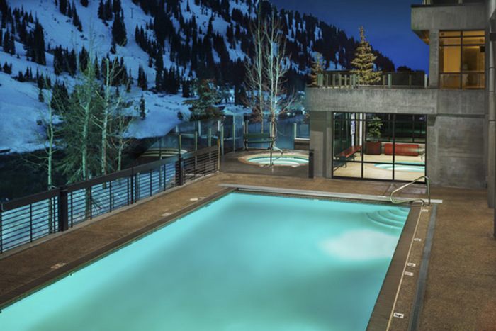 Rustler Outdoor Pooljpg
