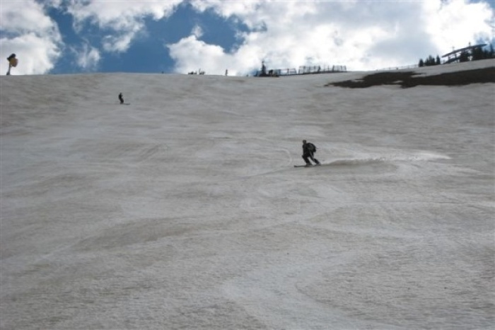 Testing snow conditions at Snowbird on June 16. (snowbird_june-16)