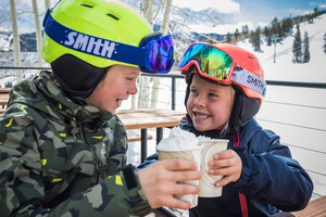 Finding the Best Ski Deals for Kids thumbnail