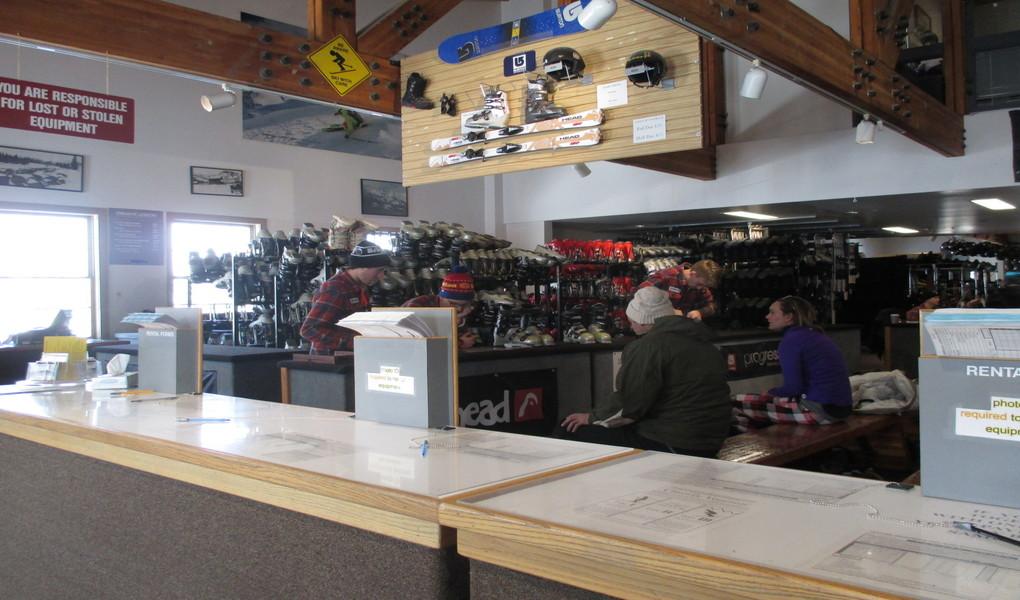 Renting skis