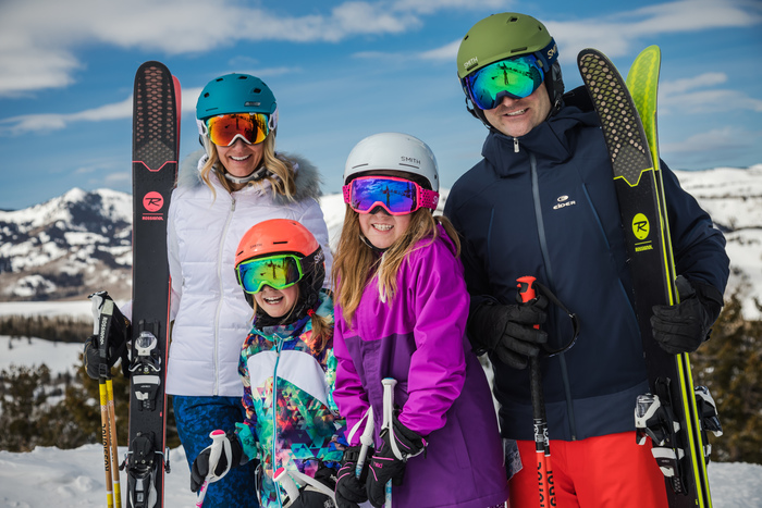 Plan Your Holiday Family Ski Vacation Today
