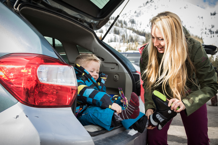 How to Dress Your Kids for Skiing