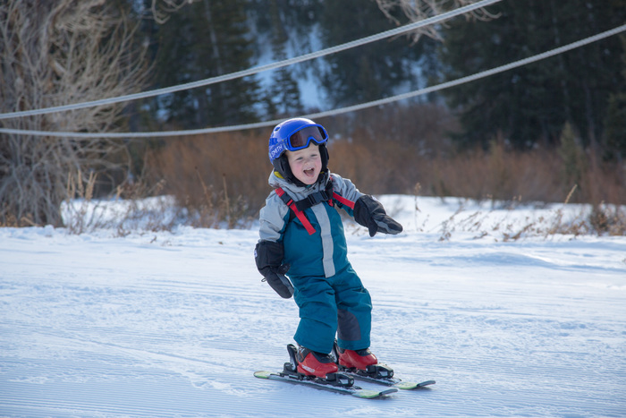 Skiing with Kids: What to Know Before You Go thumbnail
