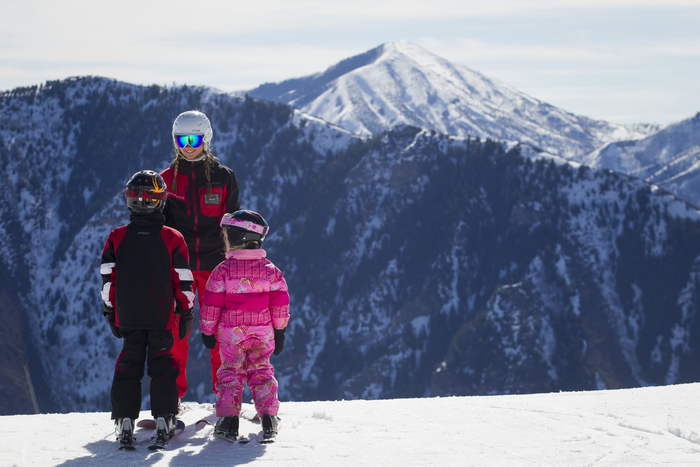 Sundance-Ski Schooljpg