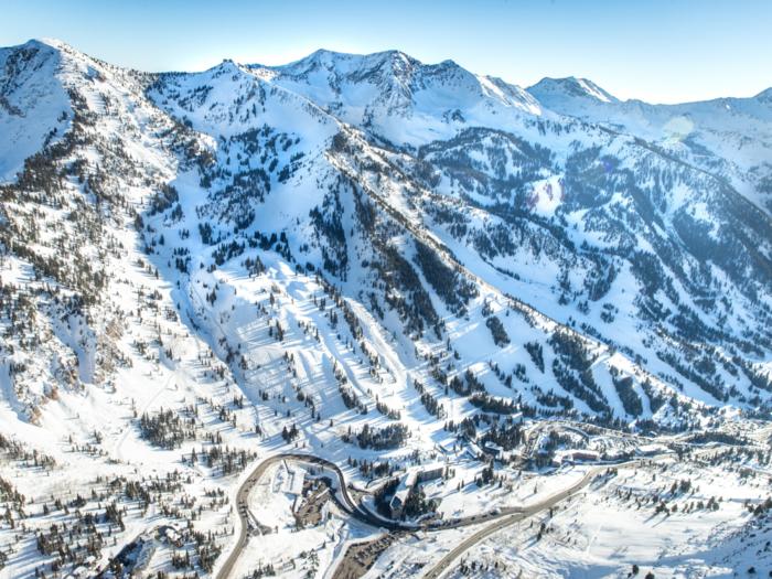 Ski Utah Article Image  - SB Aerialpng