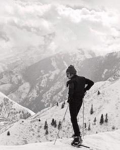 Robert Redford Skiing jpg