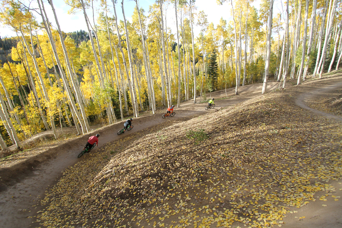 5 Fall Mountain Bike Rides for Leaf Peeping in Utah