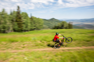 Top 10 eMTB-Friendly Trails in Utah  thumbnail