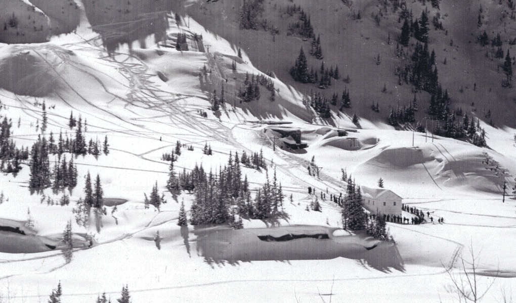 Base of Collins lift in 1939