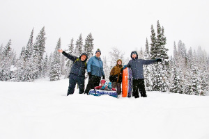 Family Winter Activities For Non-Skiers thumbnail