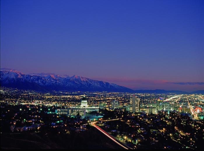 Cityscapes NightSkyline_S_Greenwood_EnsignPeak03