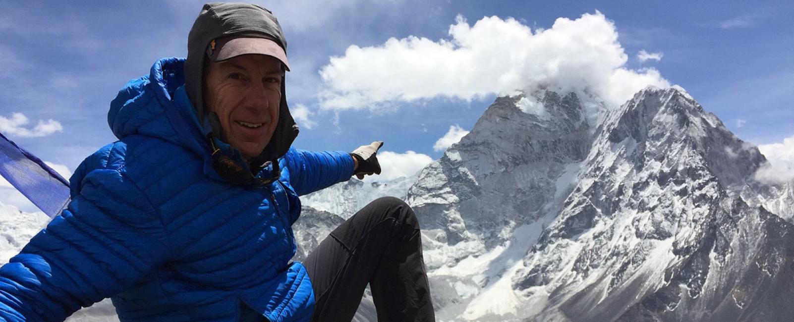 Powder People - Summiting Everest