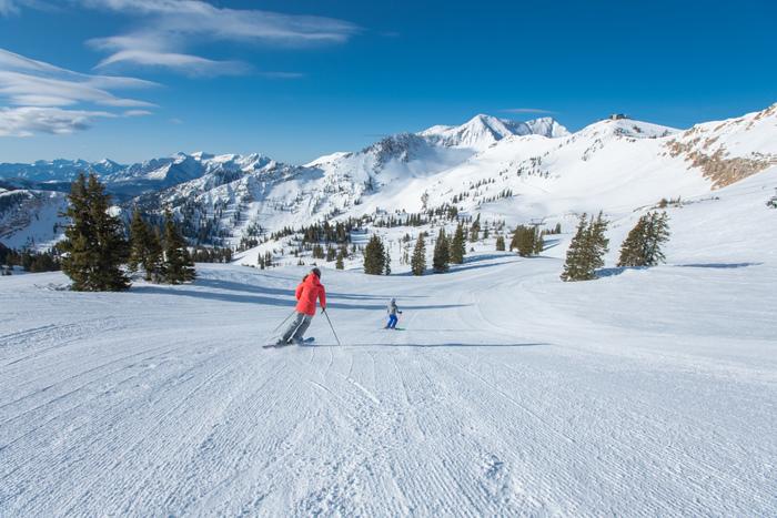 The Best Beginner and Intermediate Ski Runs in Utah thumbnail