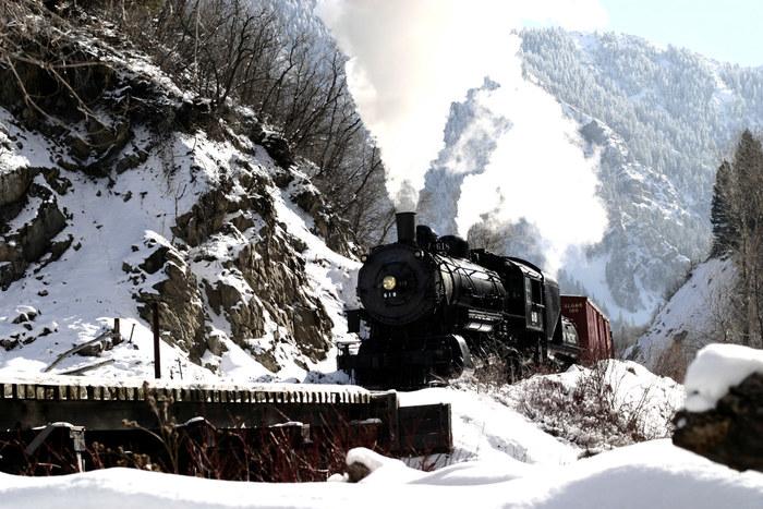 Steam engine 618 on Wildwood Bridge in Provo Canyon