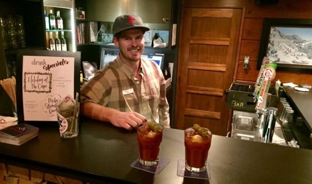 Enjoy apres ski in Sitzmark bar