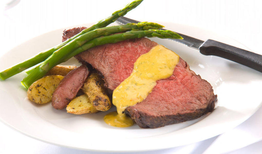 Wagyu beef with Bearnaise sauce