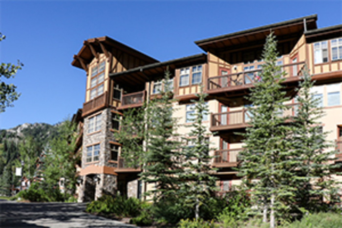 Eagle Springs Lodges