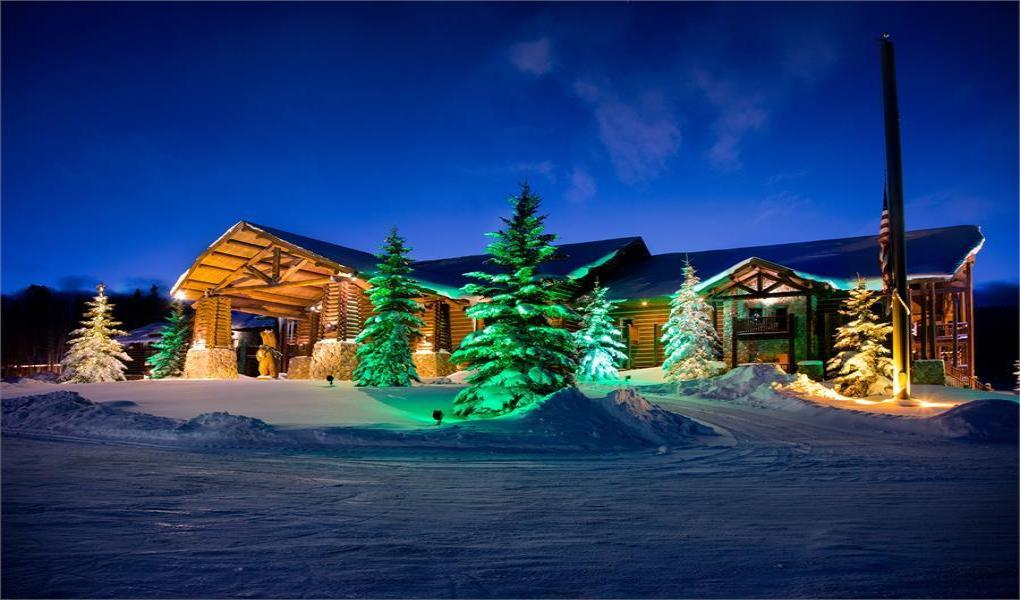 Daniels Summit Lodge offers a rustic feel with resort amenities at 8200 feet