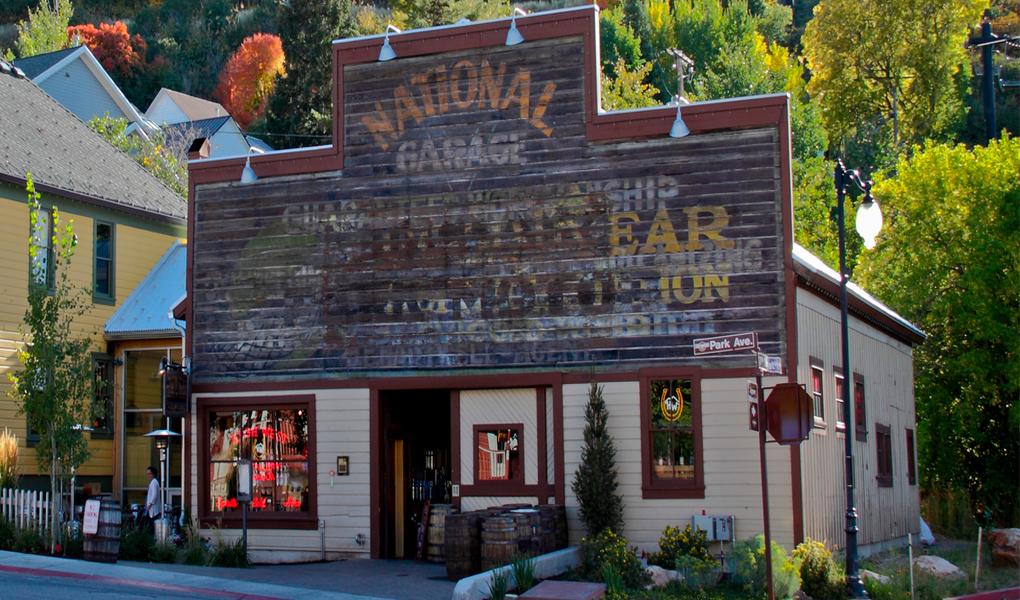 Livery Saloon & Restaurant