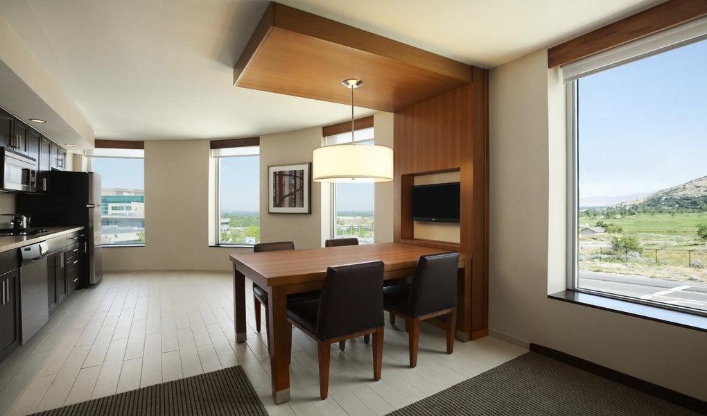 Suite, Living Area-Kitchen