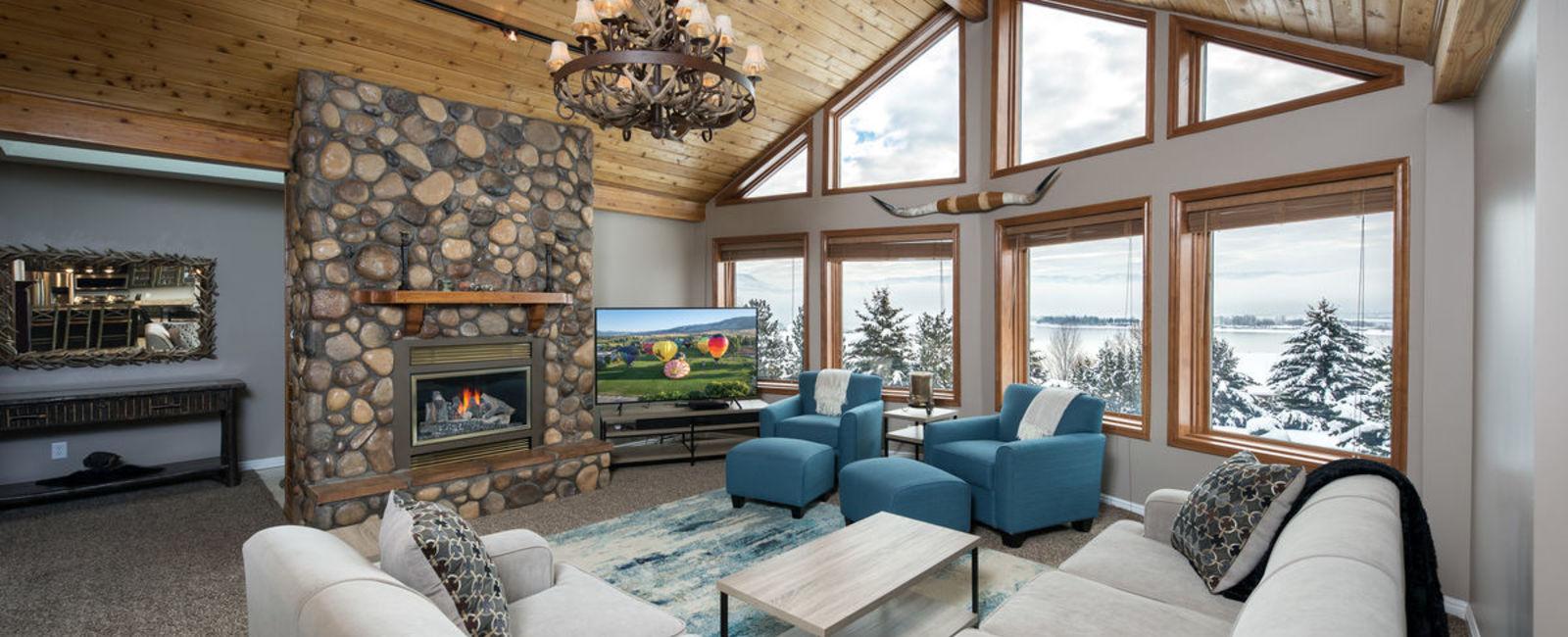 Mountain Luxury Lodging