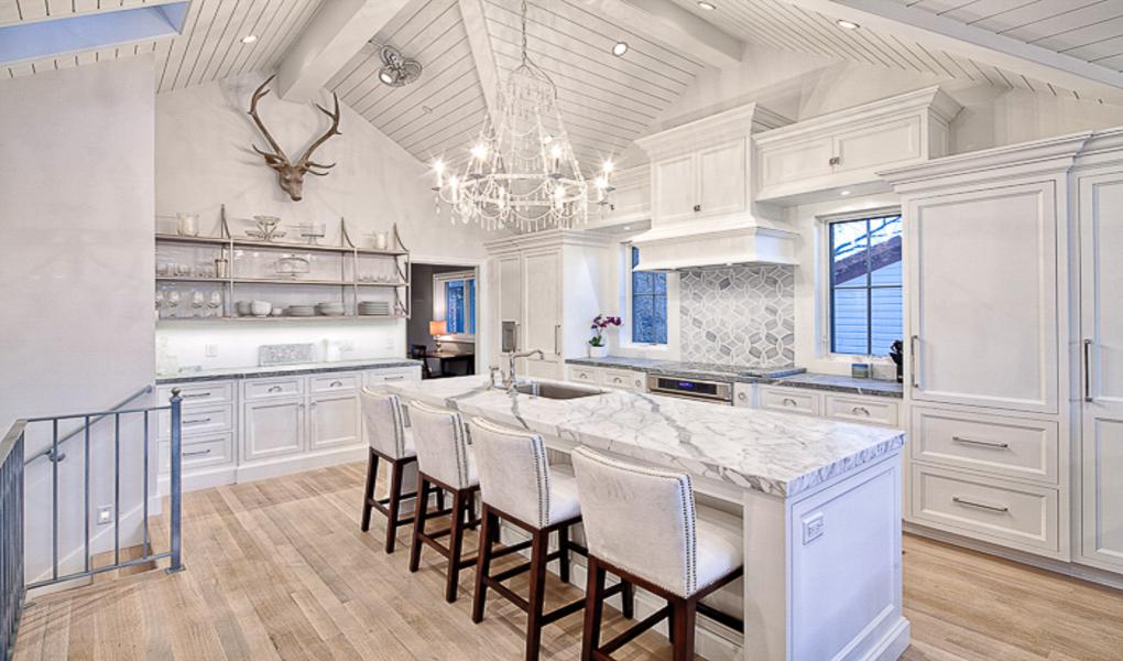 Snowflake Villa