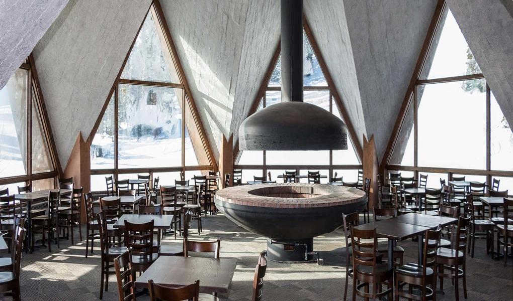 roundhouse_interior