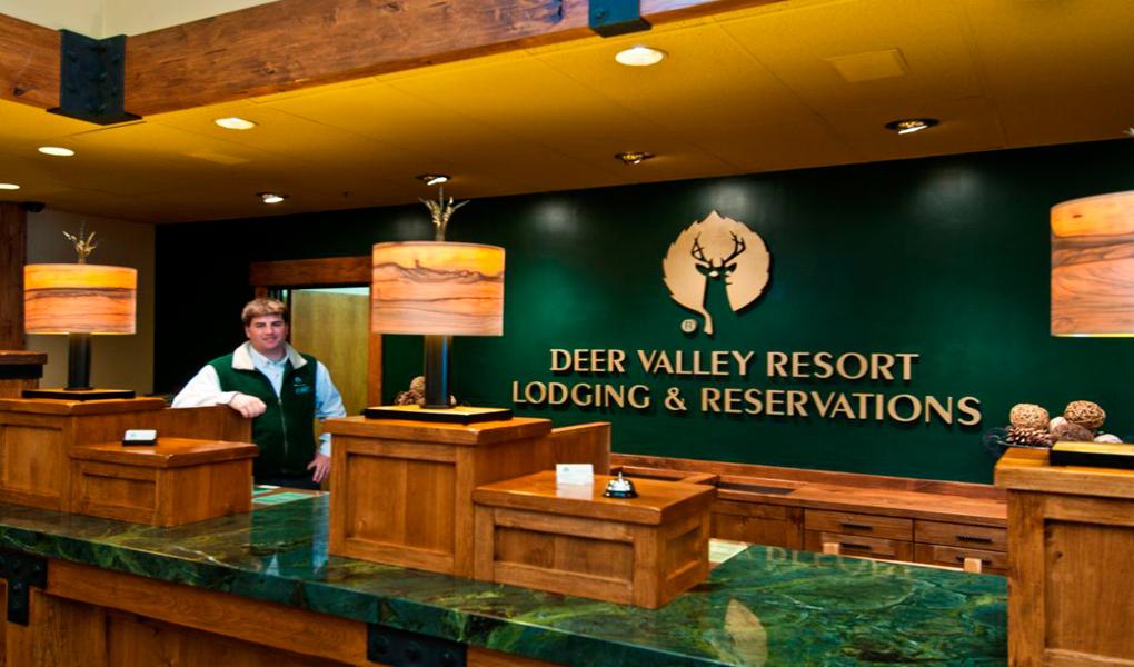 Deer Valley Plaza Front Desk