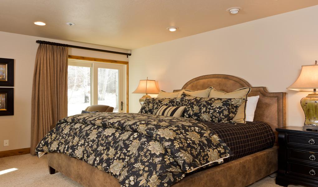 Bedroom at Queen Esther