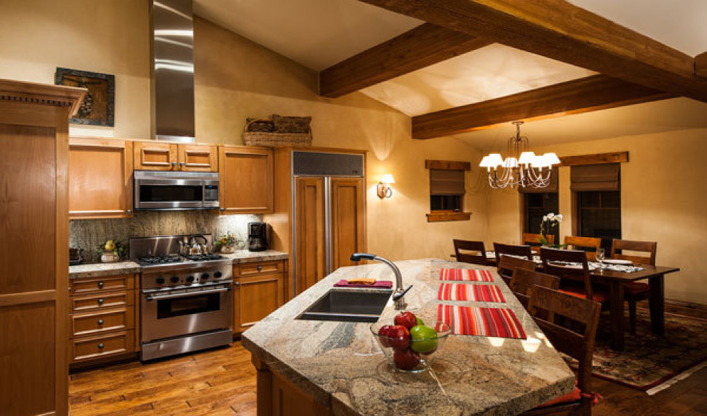 Beautiful Deluxe Kitchens