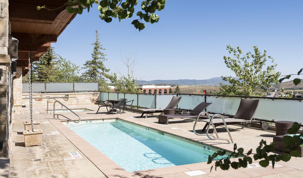 Mountainside Pool Deck