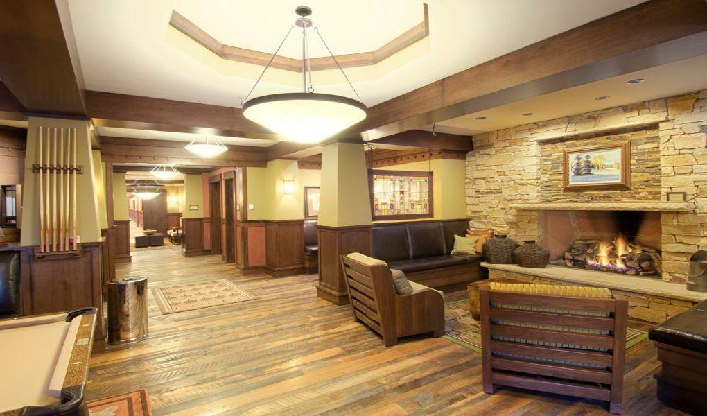 Lobby at Arrowleaf